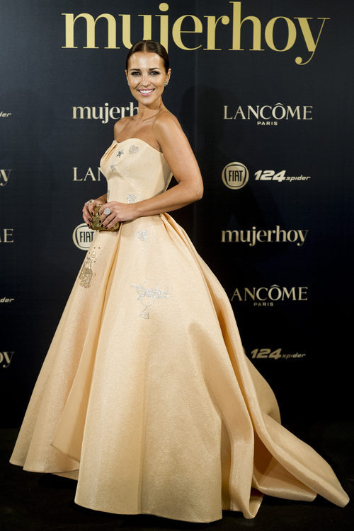 Paula Echevarría con un vestido nude en los Premios Mujer Hoy 2017