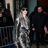 Paz Vega con un look futurista en la Semana de la Alta Costura de París