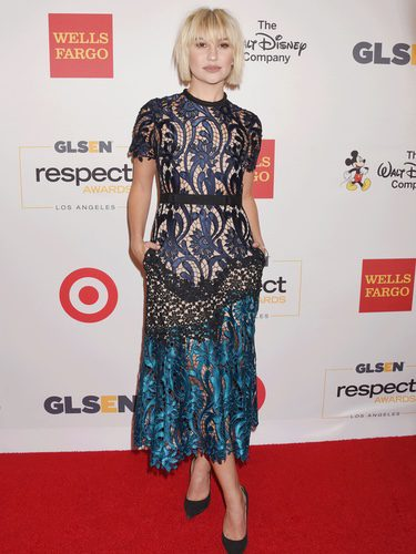 Chelsea Kane con un look juvenil en los GLSEN Respect Awards 2016