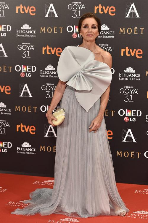 Ana Belén con un look de DelPozo en los Premios Goya 2017