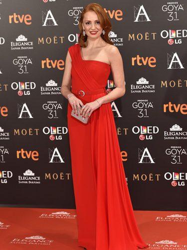 Cristina Castaño con un vestido rojo en los Premios Goya 2017