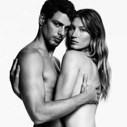 Gisele Bündchen posando desnuda para Givenchy invierno 2017