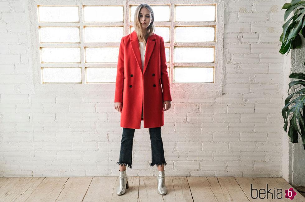 Stradivarius abrigos rojo