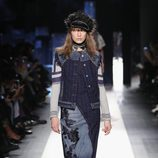 Vestido largo denim de Desigual otoño/invierno 2017/2018 en la New York Fashion Week