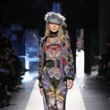 Jumpsuit floral de Desigual otoño/invierno 2017/2018 en la New York Fashion Week
