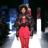 Chaqueta estampada de Desigual otoño/invierno 2017/2018 en la New York Fashion Week