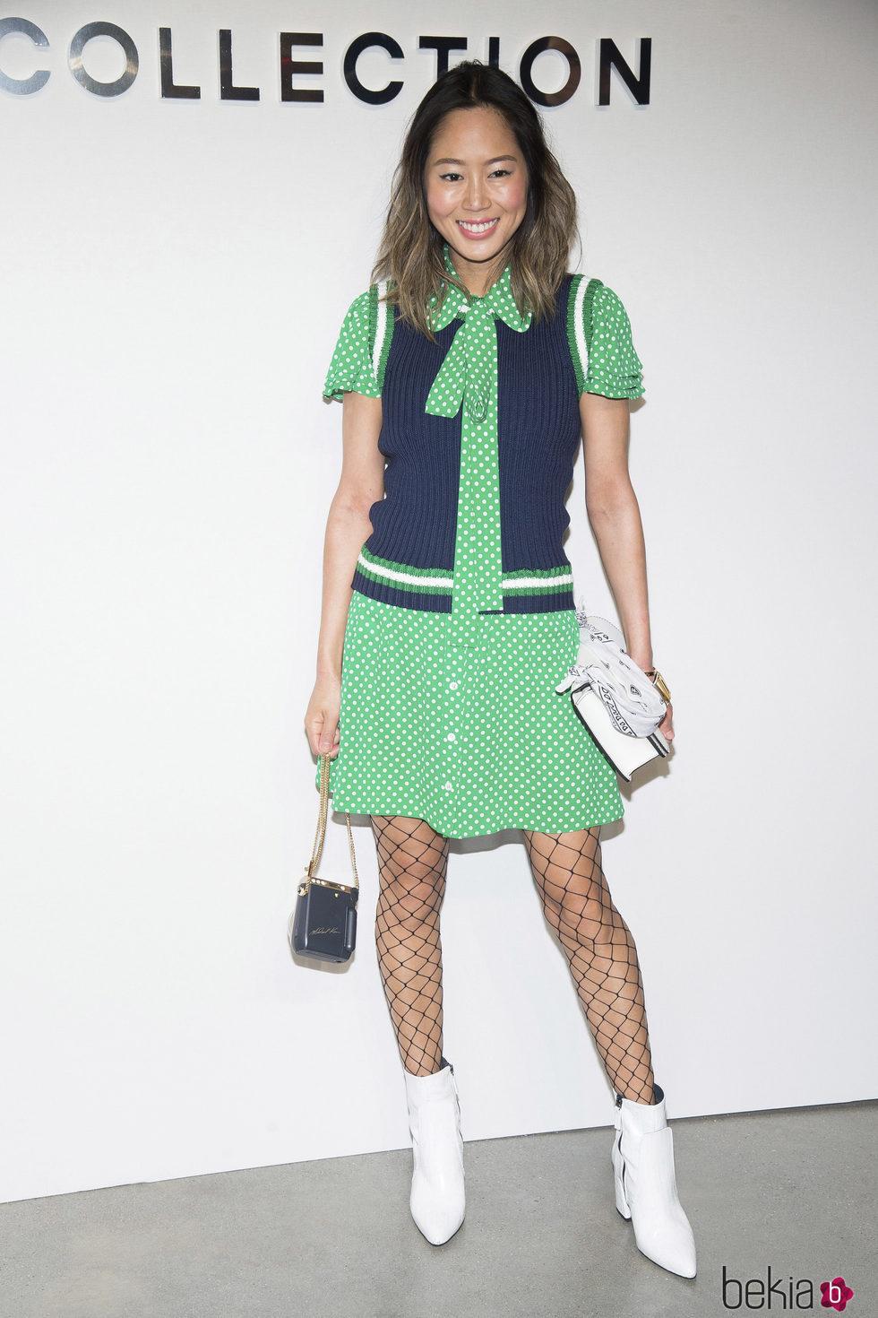 Aimee Song en el desfile de Michael Kors en la New York Fashion Week