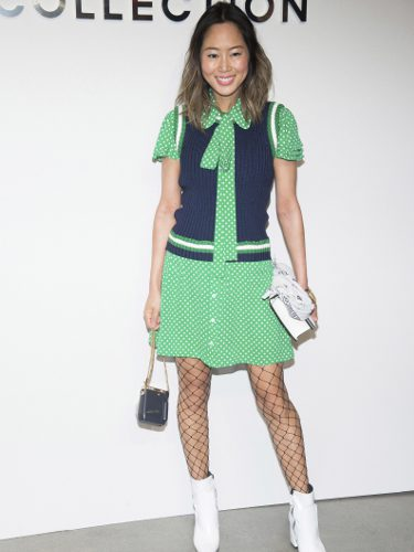 Aimee Song en el desfile de Michael Kors en la New York Fashion Week