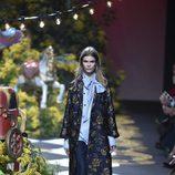Abrigo bordado de Jorge Vázquez otoño/invierno 2017/2018 en la Madrid Fashion Week