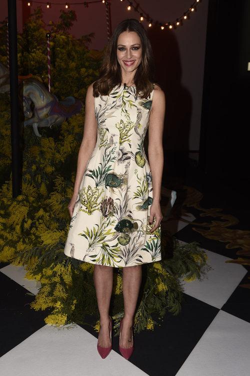 Eva González con un vestido sencillo en el desfile de Jorge Vázquez en la Madrid Fashion Week