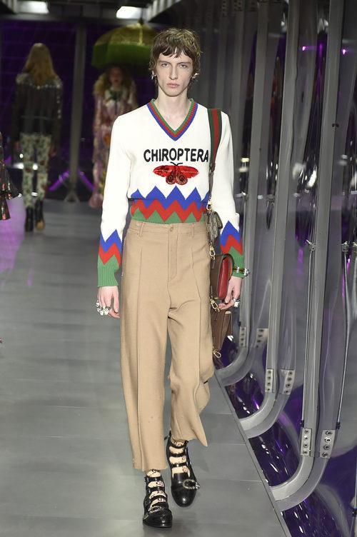 Jersey de punto estampado de Gucci otoño/invierno 2017/2018 en la Milán Fashion Week