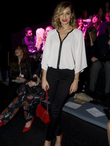 Norma Ruiz con un look sencillo en el front row de Hannibal Laguna en la Madrid Fashion Week