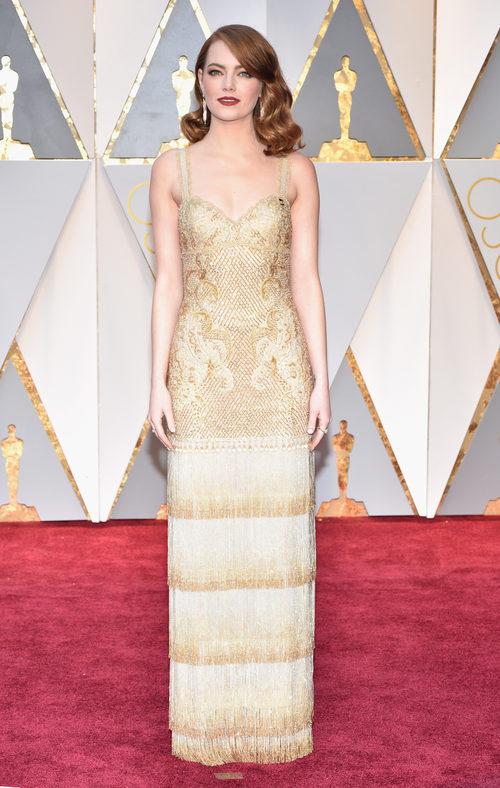 Emma Stone con un look vintage en los Premios Oscar 2017