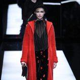 Pantalón estampado de Giorgio Armani otoño/invierno 2017/2018 en la Milán Fashion Week
