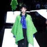 Look bicolor de Giorgio Armani otoño/invierno 2017/2018 en la Milán Fashion Week