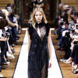 Vestido largo negro de Lanvin otoño/invierno 2017/2018 en la Paris Fashion Week