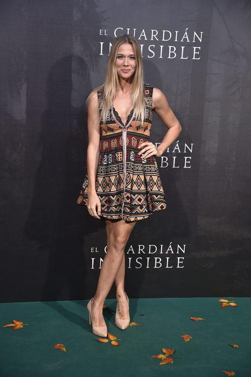 Patricia Montero con un vestido étnico en la premiere de 'El Guardián Invisible'