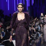 Vestido de encaje de Elie Saab de la colección otoño/invierno 2017/2018 en París Fashion Week