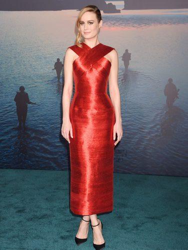 Brie Larson vestida de Oscar de la Renta en el estreno de la película 'Kong: Skull Island'