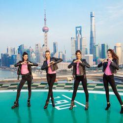 Alessandra Ambrosio, Josephine Skriver, Sui He y Ming Xi en China para promocionar el nuevo Fashion Show de Victoria's Secret