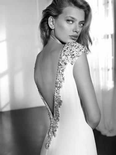 Vestido de novia con pedrería de St.Patrick colección 'Studio Collection'