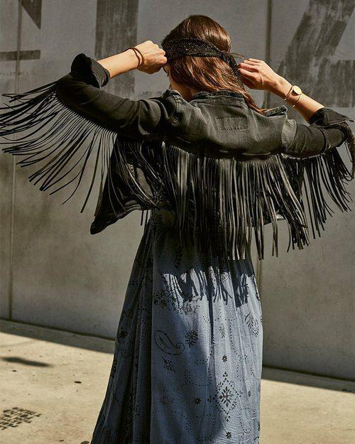 Chaqueta negra con flecos de Replay primavera/verano 2017
