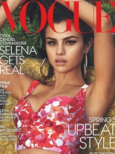 Selena Gomez en la portada de abril de Vogue USA