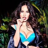 Megan Fox posando para la nueva campaña de Frederick's of Hollywood