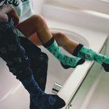 Calcetines de dos colores de la primavera/verano 2017 de Happy Socks con la firma de Pharrell Williams