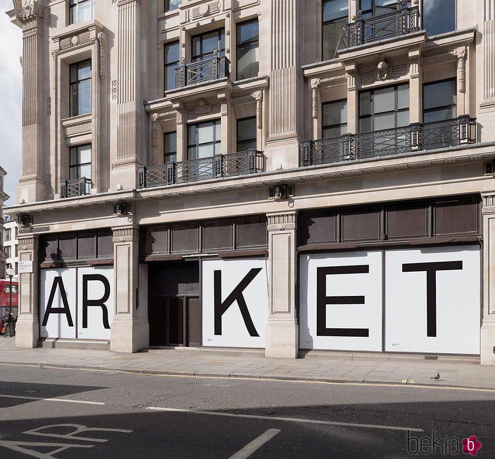 Fachada de la tienda de la nueva marca de H&M en Londres