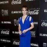 María Adánez con un vestido azul eléctrico en los Premios del Teatro Valle Inclán 2017