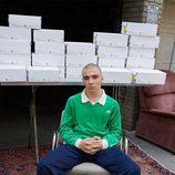 Rocco Ritchie con una sudadera verde de la colección de Alexander Wang para Adidas Originals