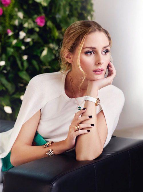 Olivia Palermo con joyas turquesas de Piaget primavera/verano 2017