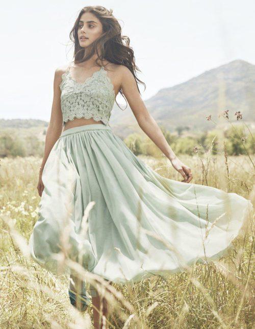 Crop top y falda vaporosa color menta para la colección SpringSummer 2017 de H&M
