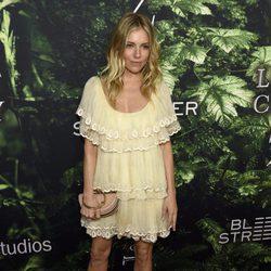 Sienna Miller vestida de Chloé en el estreno de 'The Lost City of Z' en Los Ángeles