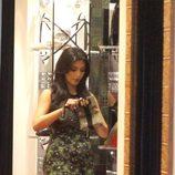 Kim Kardashian con un modelo muy ajustado