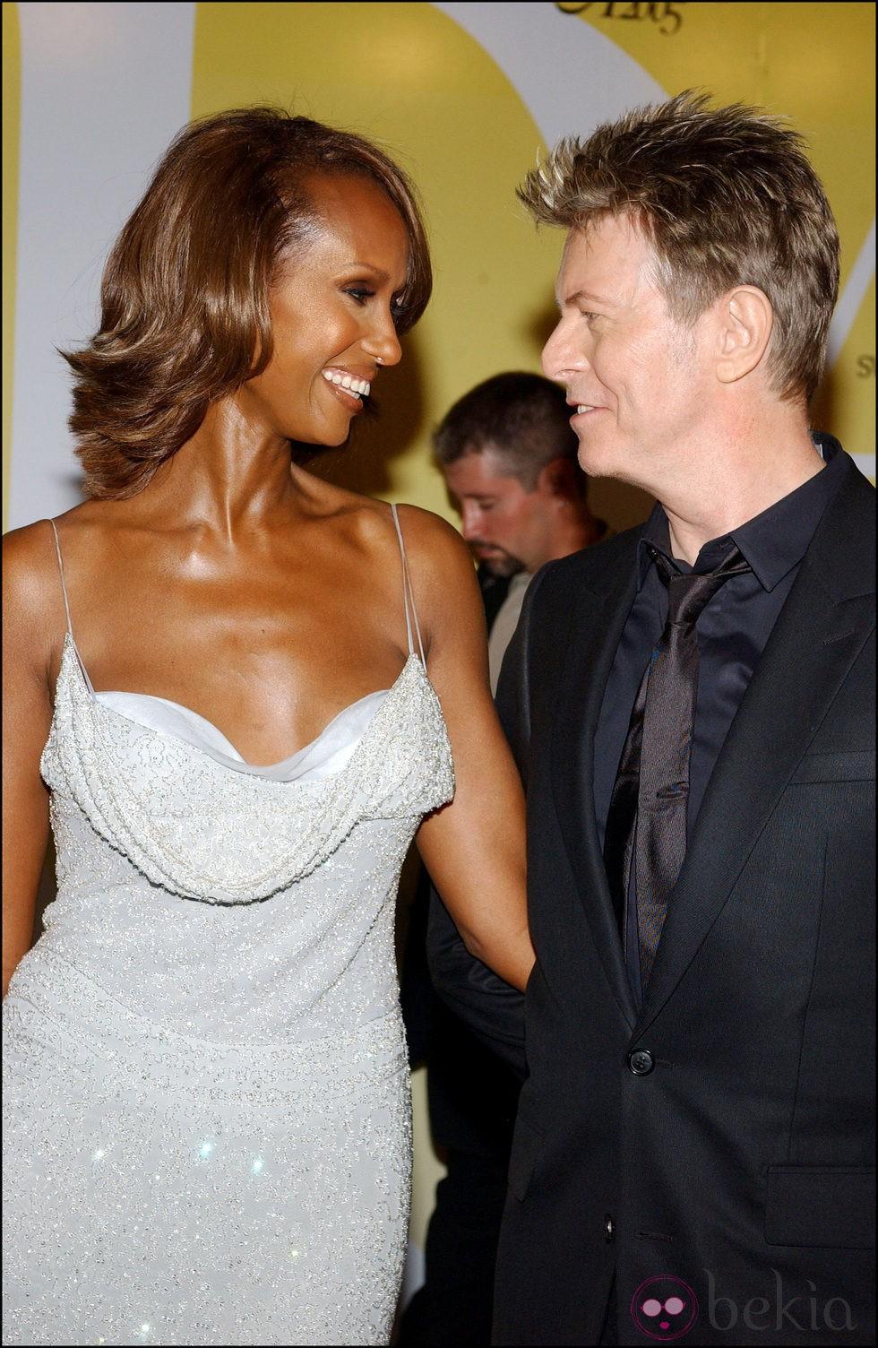 Iman y David Bowie, muy enamorados