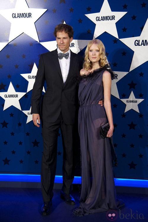 Look de Olfo Bose y Katerina Strygina en los Premios Top Glamour 2011