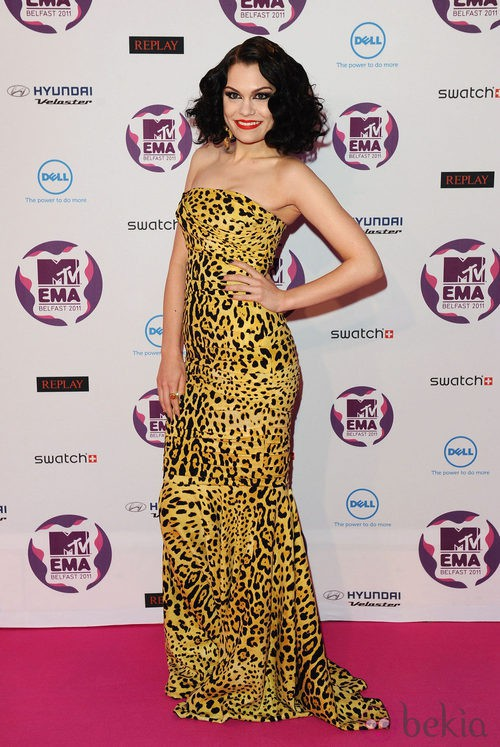 Look Jessie J con un vestido estampado en los MTV Europe Music Awards 2011