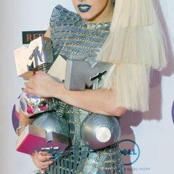 Looks de las invitadas a los MTV Europe Music Awards 2011