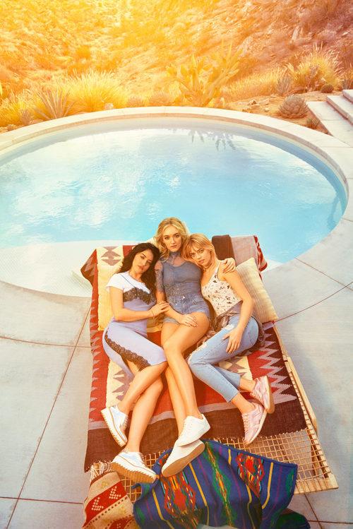 Vestido lencero y looks denim de H&M colección 'Loves Coachella'