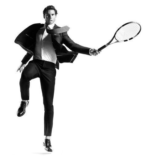 Rafa Nadal con un traje de Tommy Hilfiger en su colección 'THFLEX Edition 2017'