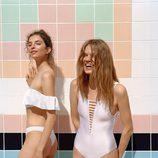 Bañador y bikini de color blanco de la colección primavera/verano 2017 de Pull&Bear