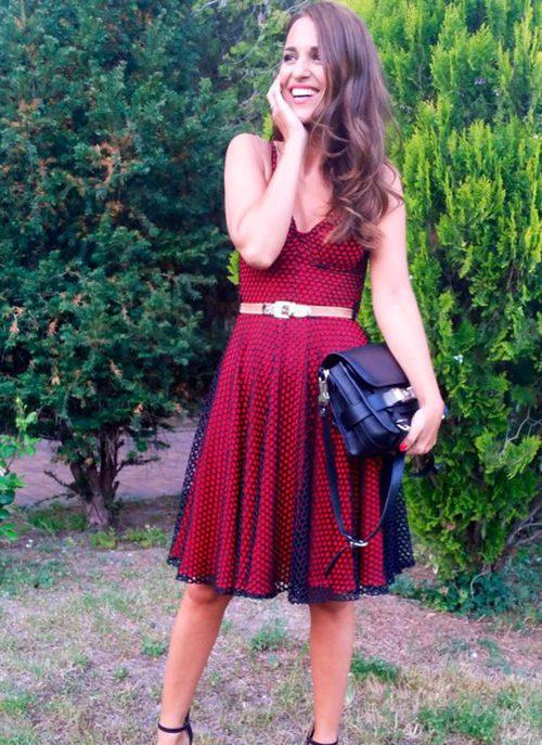 Paula Echevarría con un vestido rojo de María Escoté