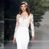 Vestido de novia con cuerpo de encaje de St. Patrick colección 2018 en la Barcelona Bridal Week