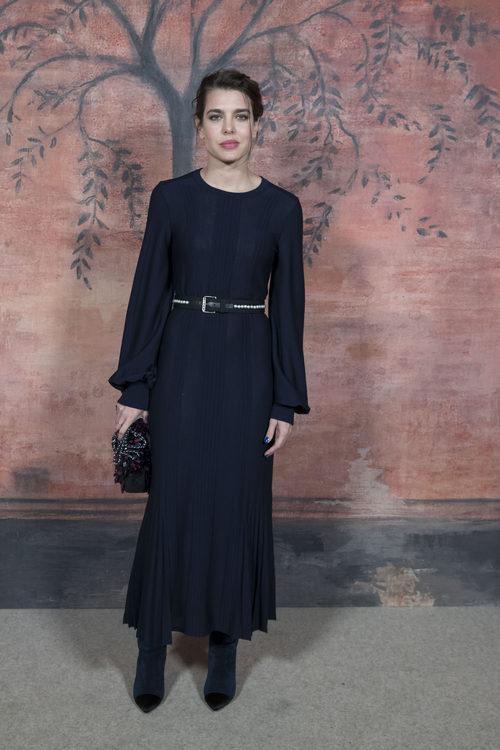 Carlota Casiraghi en el desfile de la colección Crucero 2018 de Chanel