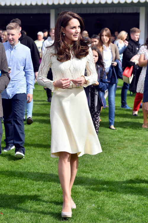 Kate Middleton impecable con un vestido de Chloé