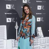 Eva González opta por un bonito vestido de Dolores Promesas