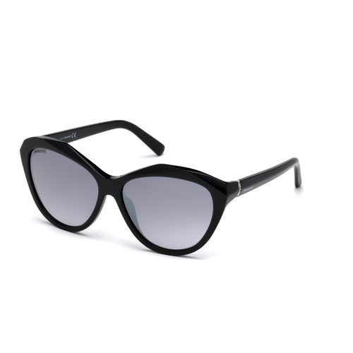Modelo SK0123-H 01B de la colección Swarovski Eyewear Primavera/Verano 2017.