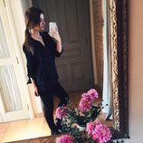 Laura Escanes apuesta por un conjunto de ropa totalmente negro
